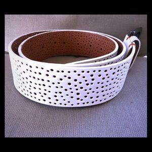 Ted Baker * White Leather Belt * Beautiful